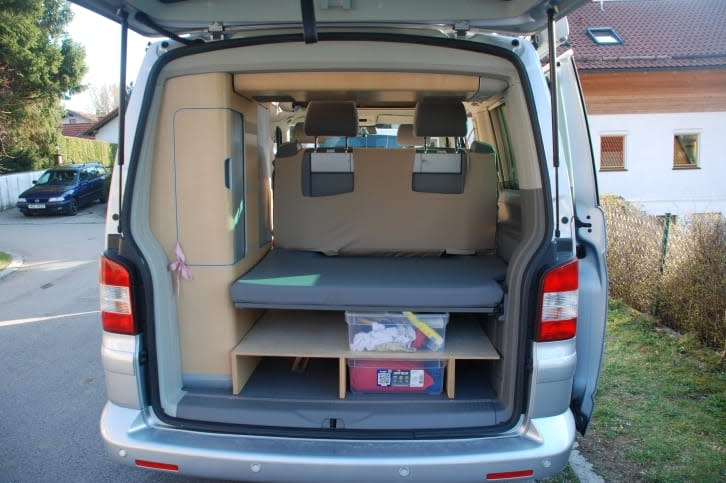 camper vw t5 california mieten in oberhaching paulcamper. Black Bedroom Furniture Sets. Home Design Ideas