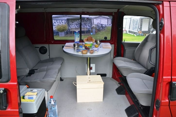 privaten campingbus mieten in berlin paulcamper. Black Bedroom Furniture Sets. Home Design Ideas