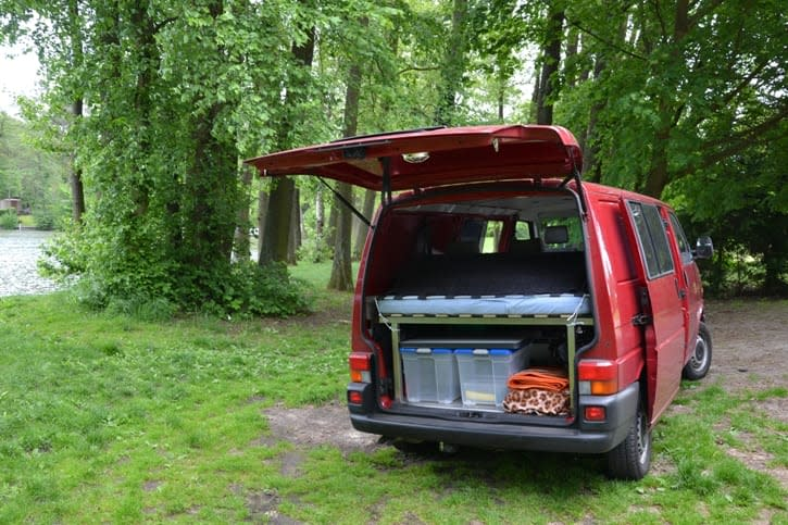 privaten campingbus mieten in berlin. Black Bedroom Furniture Sets. Home Design Ideas