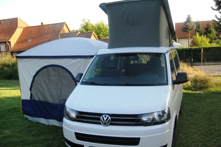 vw t5 california beach mieten von privat bei. Black Bedroom Furniture Sets. Home Design Ideas